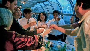 Chinese Drinking Culture that One Must Know When Making a Deal with Asian Clients